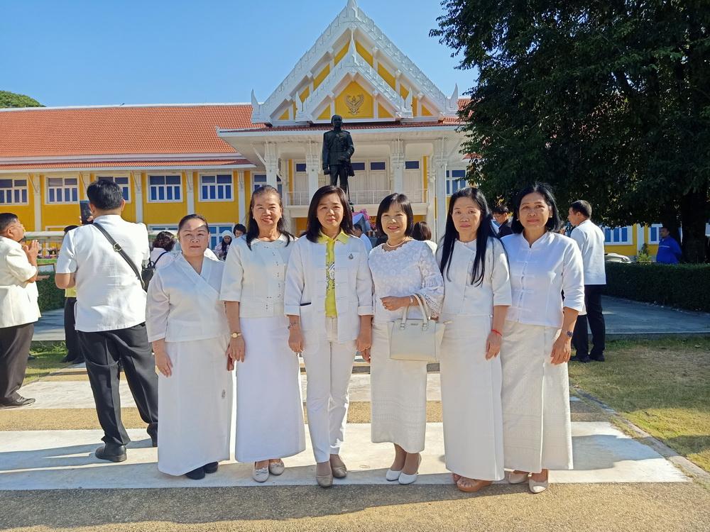สำนักงานแรงงานจังหวัดลำปาง ร่วมพิธีเจริญพระพุทธมนต์ และเจริญจิตตภาวนาพิธีบูชา พิธีสังเวย และพิธีบวงสรวงสิ่งศักดิ์สิทธิ์คู่บ้านคู่เมืองนครลำปาง ประจำปี ๒๕๖๒